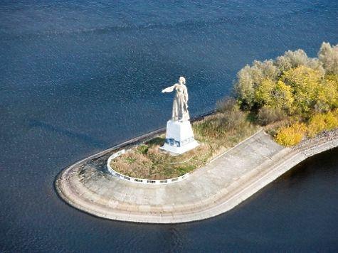 Основным символом Рыбинска стал памятник «Волга»