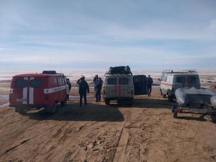 Внештатный инспектор ГИМС спас восемь рыбаков наРыбинском водохранилище