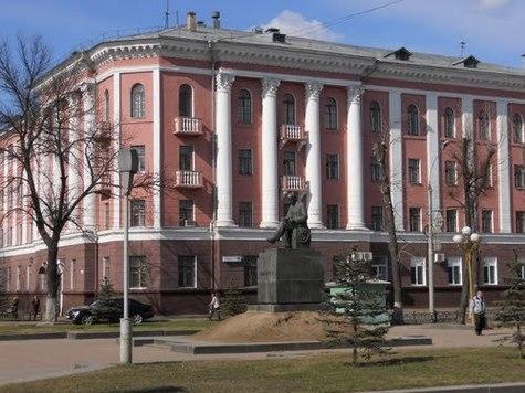 Пациентов детской клиники №1 Ярославля переводят в остальные лечебные заведения