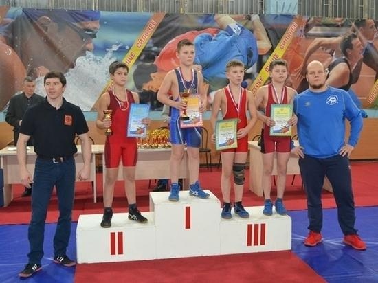 К Дню рождения Рыбинской ГЭС прошли турниры по спортивной борьбе и акробатике