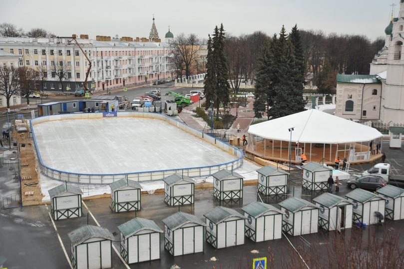 Новогодняя ярмарка икаток раскроются наСоветской площади 21декабря
