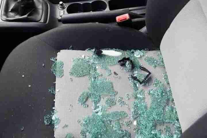 она кражи из автомобилей в ярославле простирались вдаль